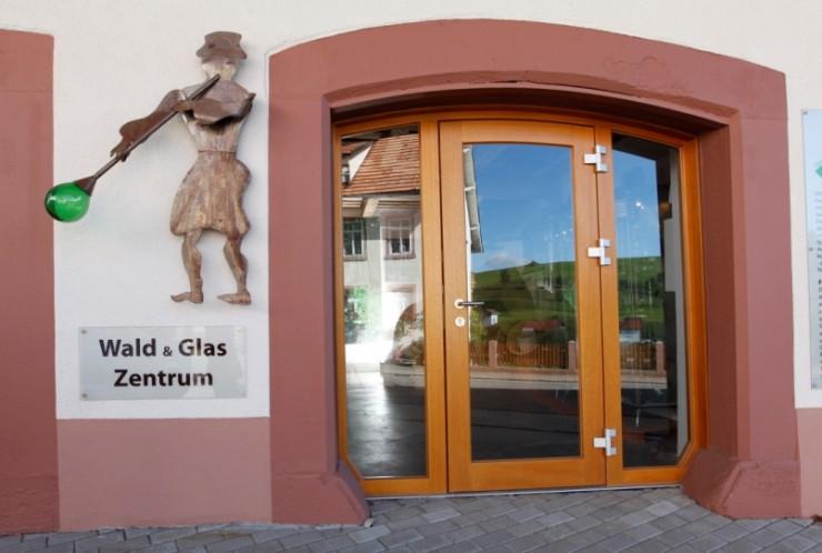 Eingang des Waldglaszentrums in Schopfheim-Gersbach