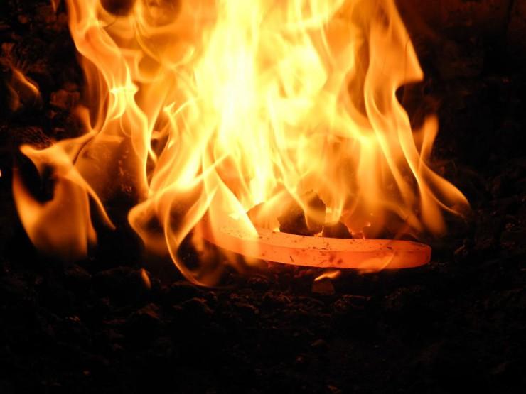 Feuer bei der Alten Schmiede in Zell-Mambach